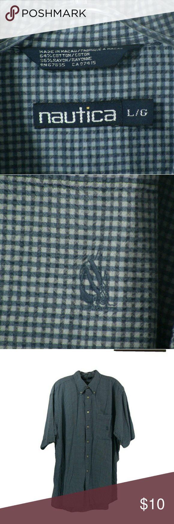 Nautica short sleeve dress shirt  00042 Pre-owned, gently uses men's shoet sleeve dress shirt Nautica Shirts Casual Button Down Shirts