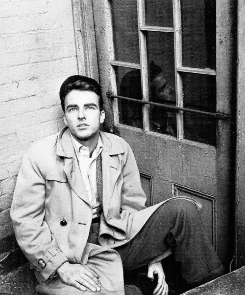 Montgomery Clift, 1940s. If men still looked like this, I'd be the happiest girl EVER.
