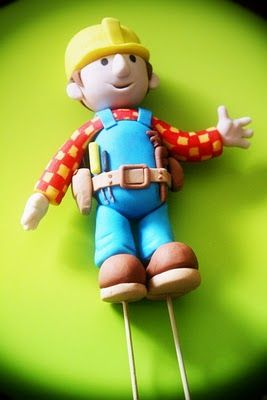 Rizq Cakes - a journey of a loving couple in making beautiful cakes...: Bob The Builder Fondant Cake