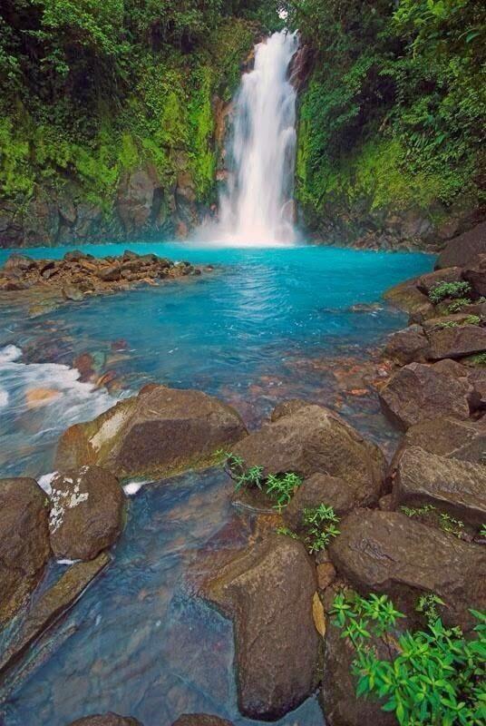 Celeste River Falls, Costa Rica