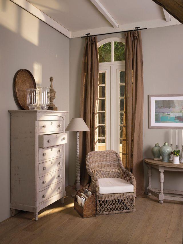 peinture tollens 80 nouvelles couleurs chez castorama. Black Bedroom Furniture Sets. Home Design Ideas