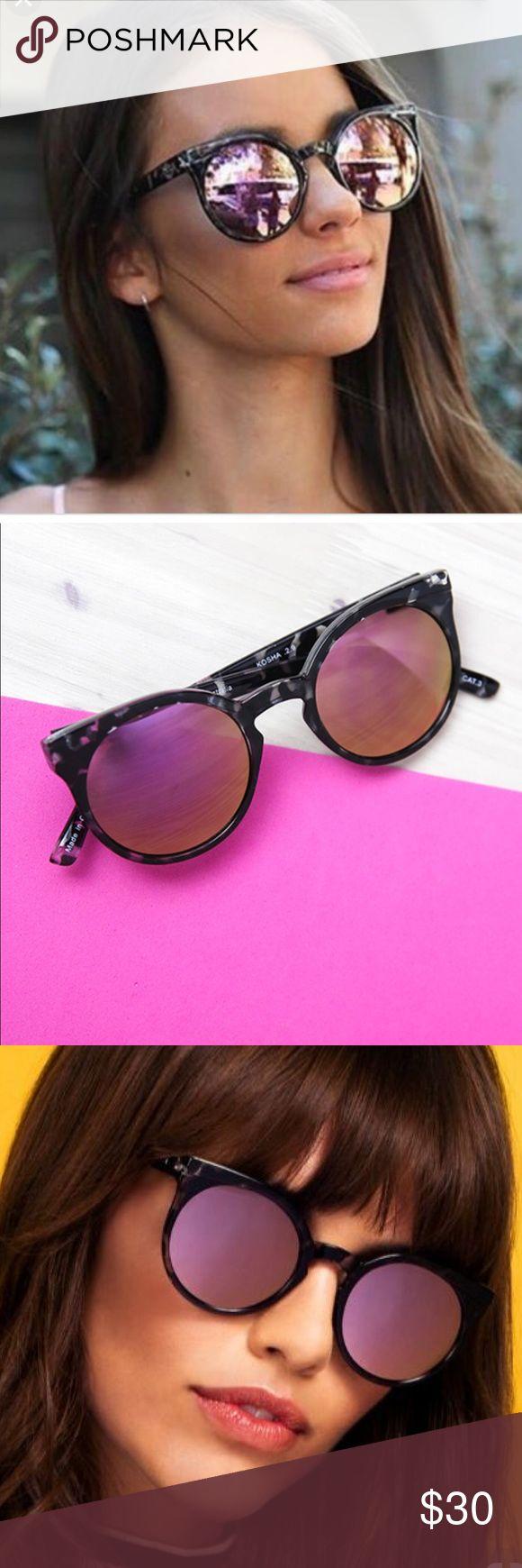 Quay black tortoise pink mirror glasses Still in great condition! Minor scrapes that are unnoticeable - like new💋 Quay Australia Accessories Sunglasses