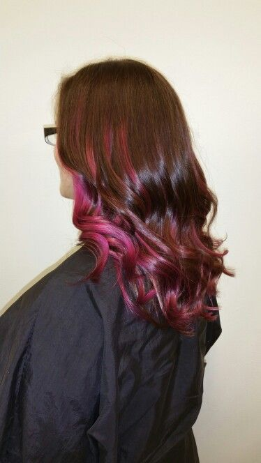 Punch of punk. Stylist Cassandra. Entrenous Salon. #red#pinkhair#hair#waves#balayage