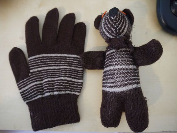 How to turn a glove into a plush bear. Ive thrown away so many gloves because they lost their mate. Now I can re purpose them.