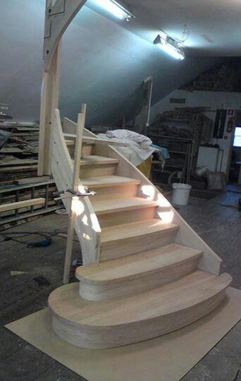 Tak powstają nasze najpiękniejsze produkty z drewna :).  #schodymika #schody #schodydrewniane #drewno #produktyzdrewna #wood #wooden #stairs #woodenstairs #woodworking #woodworker