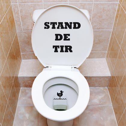 Négliger le potentiel déco de l'espace toilettes est une lamentable regrettable erreur… Les water-closet sont les parents pauvres de la déco car… on y rentre rarement à plusieurs. Par sa…