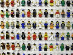 Descubriendo la nueva tienda LEGO en Disneyland® Paris.