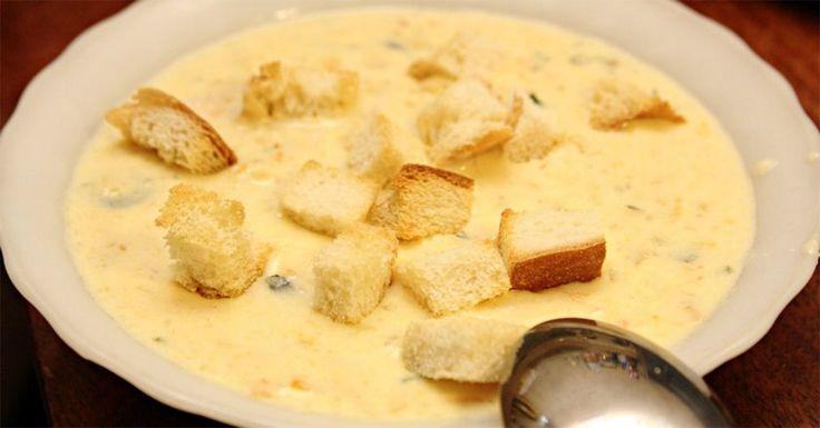 Ha van a hűtőben egy kis csirkemell és krémsajt, ínycsiklandó levest készíthetsz belőle! - Bidista.com - A TippLista!