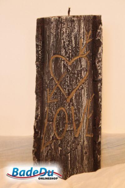 <3...Der Name der Liebsten in der Baumrinde... geht hier auch - aber ganz ohne Schmerzen für den Baum und trotzdem romantisch! Weihnachtsgeschenk gesucht?