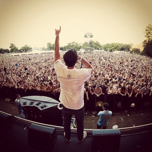 Example - Other Stage, #Glastonbury 2013 (Saturday). Listen with YouTube, Spotify, Rdio & Deezer on LetsLoop.com