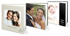 Na het huwelijk mag een fotoboek met foto's van de bijzondere dag natuurlijk niet ontbreken. €7,95