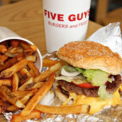 http://www.skinnymom.com/2014/10/07/fast-food-under-500-five-guys-burgers-and-fries/