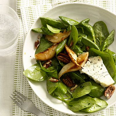 Spinach, Pear, and Gorgonzola Salad With Pecans is a light way to start off Mother's Day Brunch.