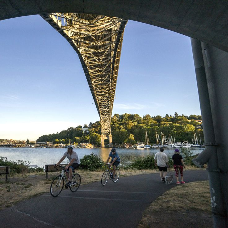 10 Beautiful Seattle Running Paths That'll Get You Off Your Couch