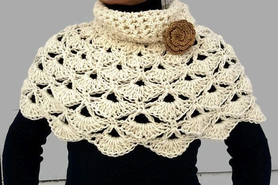 Capa Poncho Poncho de encaje Crochet capucha capa por PaulitaCrafts