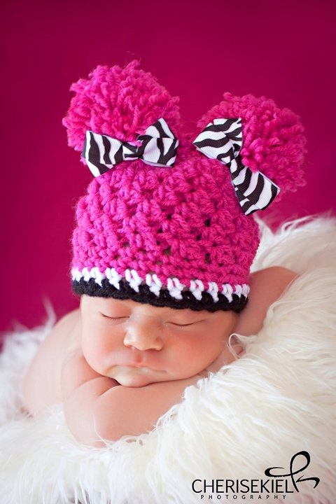 I always loved bald babies, but babies in pink pony tails are even more adorable! products-i-love