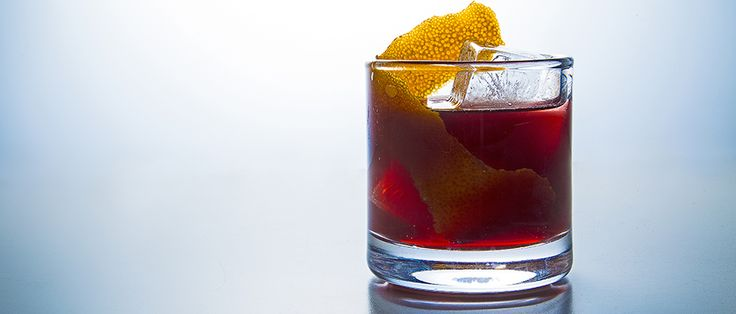 Learn how to make Bluegrass Sangria from Susie Hoyt of Louisville's The Silver Dollar.Bluegrass Sangria