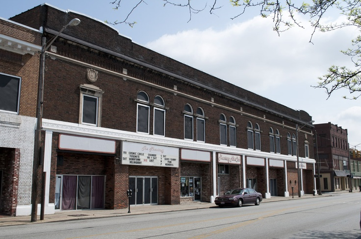 The Homestead Theater in Lakewood, Ohio. historic theatre