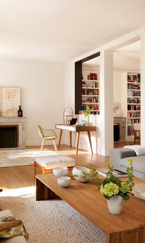 Escritorio en salón, encarado a ventana interior. Chimenea 00386685