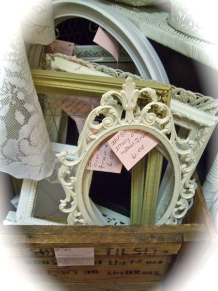 The Polka Dot Closet: My Antiques Booth What Sells and what doesn't