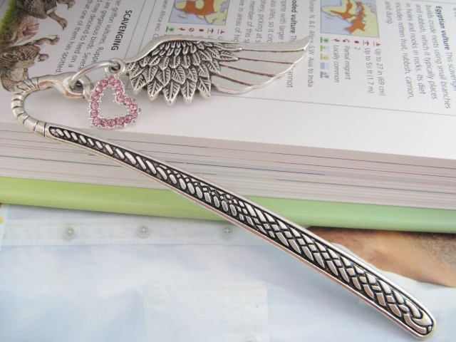 Metal Bookmark, Feather and Heart Bookmark, Valentine Gift, Mothers Day Gift