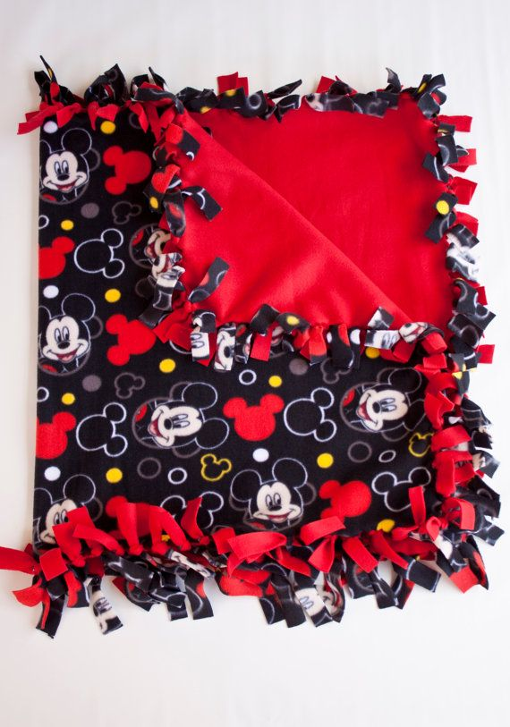 Mickey Mouse Boy 39 S Or Girls 39 S Kids Blanket Hand Made Fleece No Sew Ties Blanket Very Cute Mickey Mouse Quilt Mickey Mouse Blanket Fleece Tie Blankets