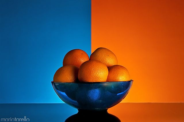 complementary color: blue orange