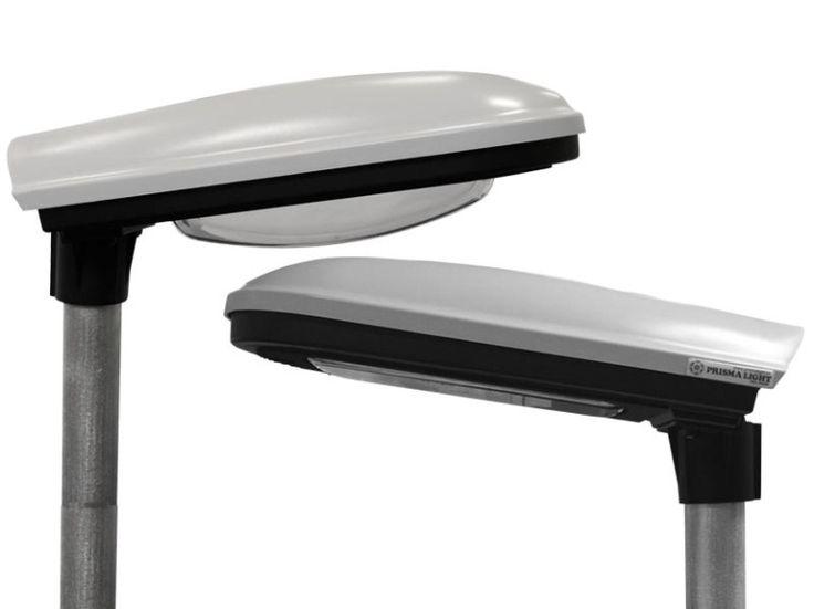 """Kupa eller planglas på LED gatubelysning Väljer Kupa: De som vill uppnå pärlbandseffekt väljer kupa...! Kupan slutar en bit utanför själva armaturhuset och """"lyfter"""" därför ut ljuset och ger därmed en tydlig indikation på att lampan är tänd eller släckt. Alltså: vill man behålla varselblivningen som man har haft tidigare med gamla armaturer så är kupan ett bra alternativ. Montörer och driftare brukar gilla kupat glas. Då kan de ju ställa sig i början på en gata, och konstatera: """"Ja - alla…"""