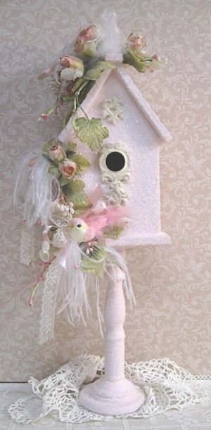 pretty little pink birdhouse