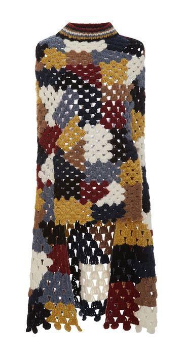 Зимняя коллекция 2016 года, Rosetta Гетти находит вдохновение в творчестве художника, режиссера Шанталь Акерман, одного из самых важных фигур модернистских 70-х фильмов.