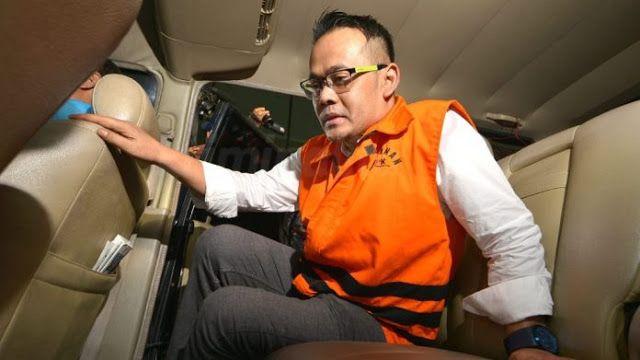 Jakarta - Komisi Pemberantasan Korupsi (KPK) kelar memeriksa Direktur Utama PT Melati Technofo ...