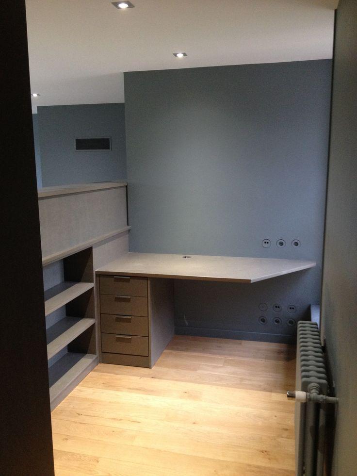 bureau sur mesure en valchromat gris empire firehouse living dining. Black Bedroom Furniture Sets. Home Design Ideas