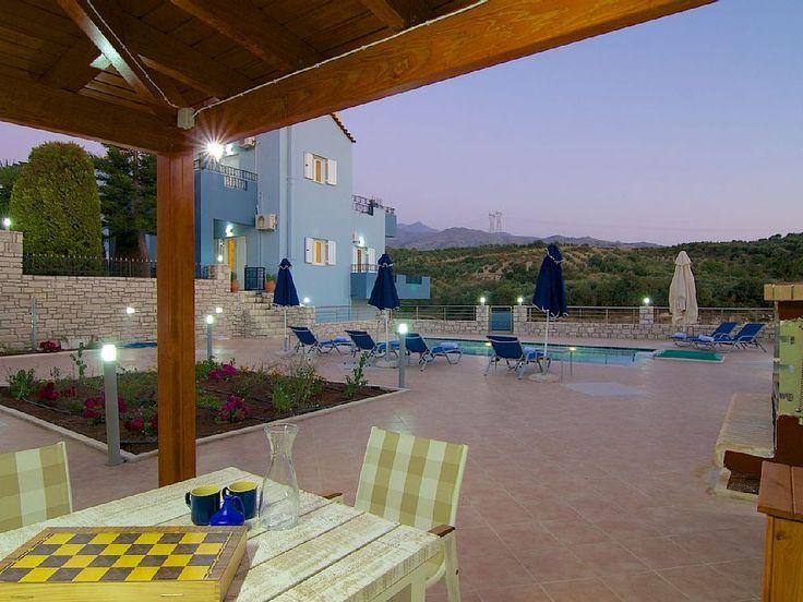 Rethymno villa rental - Enjoy al fresco dining...it's a unique experience!