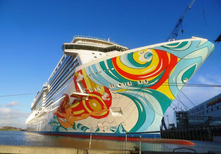 """Cудоверфь Meyer Werft передала заказчику круизный лайнер """"Norwegian Getaway"""""""