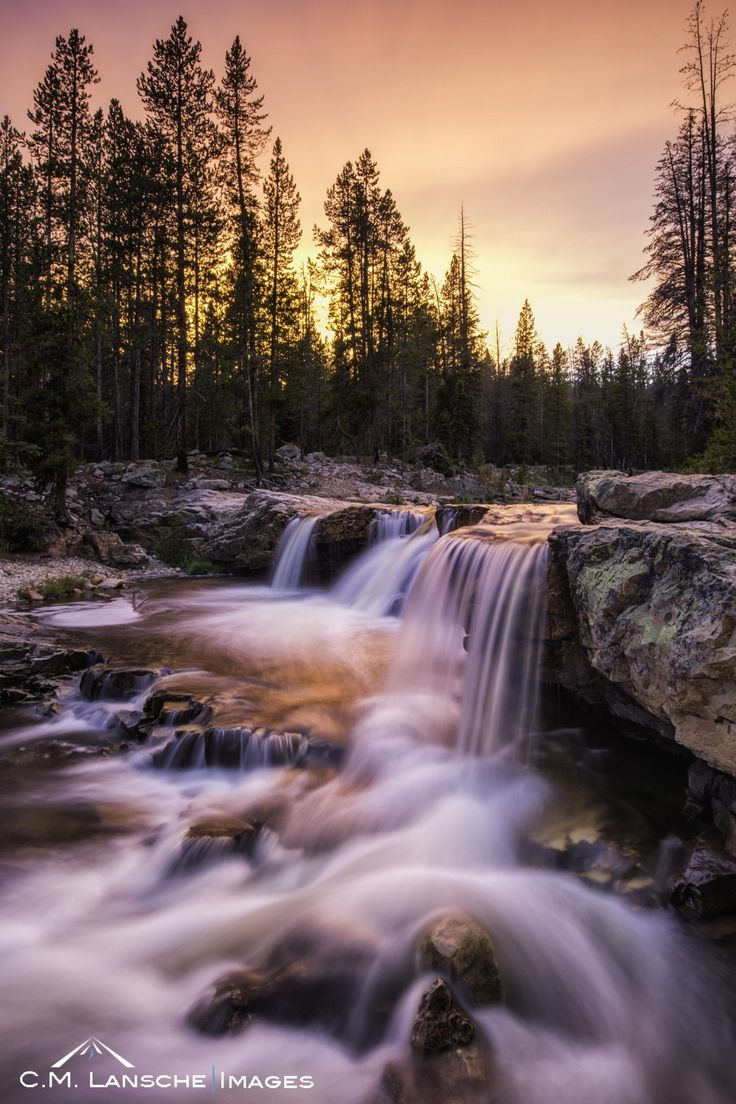 Best 25+ Mountain sunset ideas on Pinterest | Beautiful sky, Pretty landscapes and Beautiful ...
