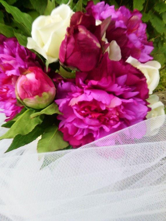 bouquet de mari e pivoines et roses fleurs artificielles effet naturel bouquets et roses. Black Bedroom Furniture Sets. Home Design Ideas