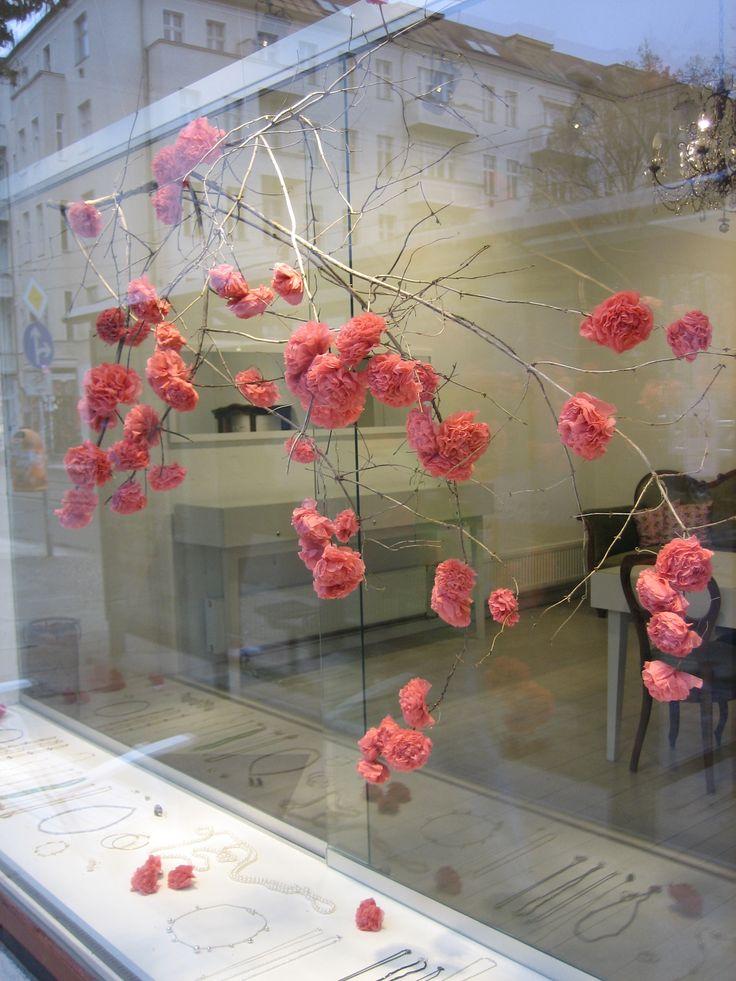 Die besten 78 ideen zu schaufensterdekoration auf for Deko shop hannover