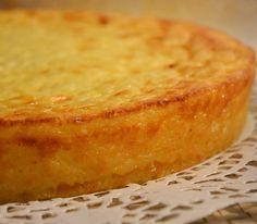 La Torta di Riso, per me è una torta di famiglia: questa ricetta proviene dal quadernino della mia dolcissima nonna paterna, la nonna Gigliola, una romagnola purosangue!
