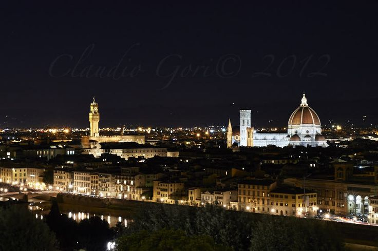 https://flic.kr/p/EnpZ28 | Firenze-Piazzale-CG-12-01-11-DSC_6720 | Vista notturna dal Piazzale Michelangelo in una fredda serata invernale.