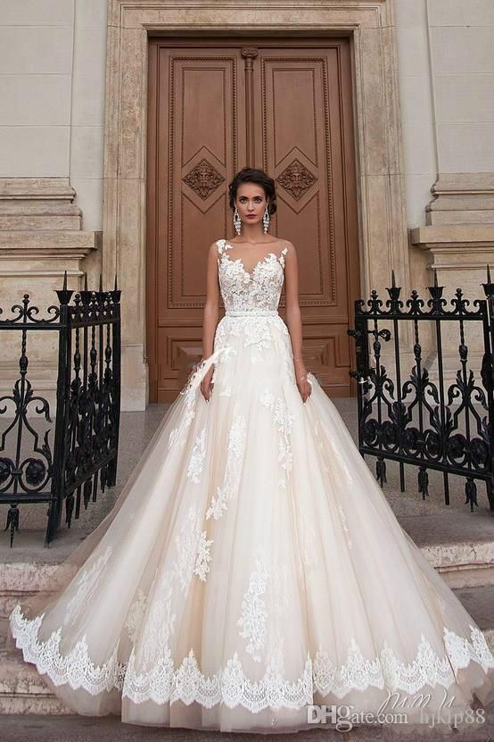 Stunning 2016 Milla Nova Sheer Castle Wedding Dresses Ball Illusion Back Appliques Lace Chapel Train Bridal Gown For Western Style