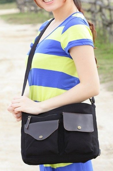 black Canvas shoulder bags for school