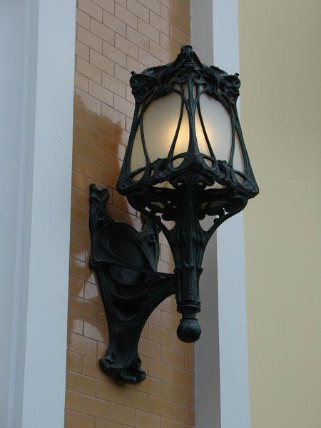 Уличные фонари. Фонарь Бра на кронштейне