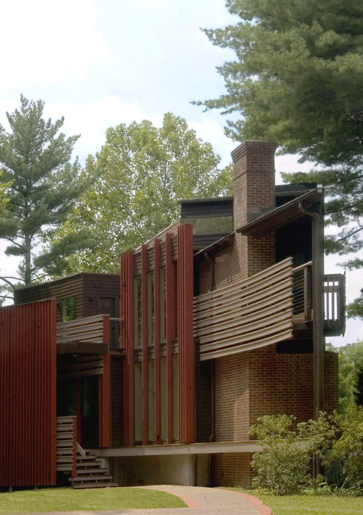 Donald Lococo Architects | Washington, D.C. #wedgehouse #architecture #modern #modernarchitecture #moderndesign