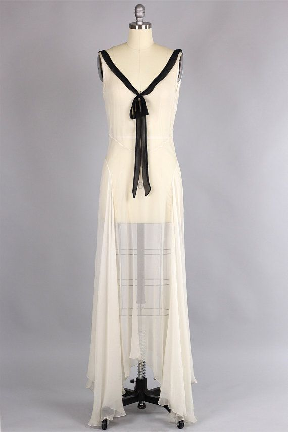 This item is reserved for Linda. Please do not purchase! Stunning silk chiffon vintage 1930s bias cut gown. Imagine yourself walking down the red
