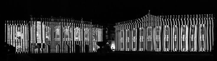Ross Ashton's light projection 2015 | Photo: Sir Cam