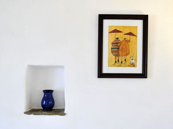 Room 1 #windmillbellavista #sifnos #cycladed #greece -- wall decoration: a pot and a paint --