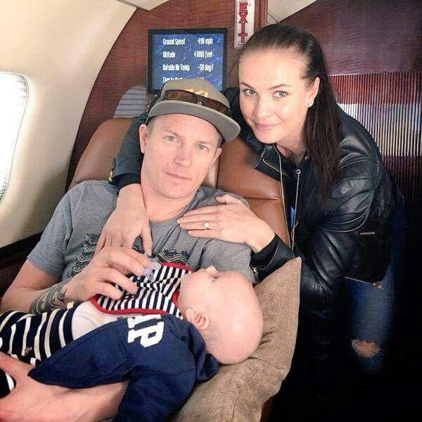 Kimi Räikkönen & Minttu Virtanen & the little sweet hero: Robin Räikkönen :) <3