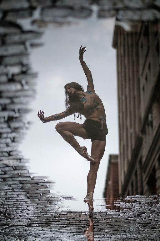 Street Ballet: Omar Z Robles captures ballet dancers leaping all over New York City-