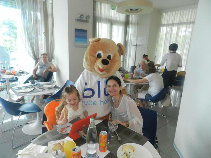 Lulu va a trovare i nostri ospiti durante la pausa pranzo