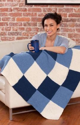 Knit Lapghan. Make one with your team colors. Be a super fan and stay warm through the whole game!